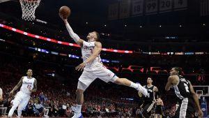 Blake Griffin mot SA Spurs 2015.