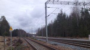 Platsen där Hangö-Hyvingenbanan och kustbanan skiljs åt.