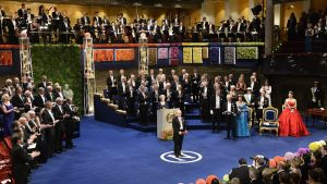 Nobelpriset i fysik delas ut till japanska Isamu Akadaki 2014 i Konserthuset i Stockholm.