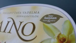 Aino jäätelöä