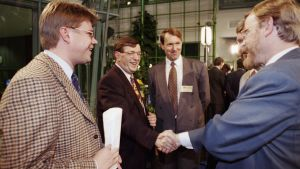 EU-kansanäänestyksen seurantaa Isossa pajassa 1994.