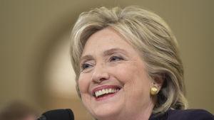 Hillary Clinton i kongressförhör om angreppet på USA:s konsulat i Benghazi.
