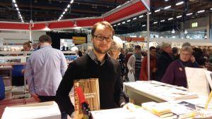 Lasse Garoff märker av förlagsstämningar på bokmässan