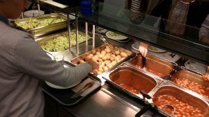 Ruokalinjasto Hauhon yhtenäiskoulussa