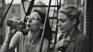Frances Ha. Elokuva vuodelta 2012. Kuvassa Mickey Sumner ja Greta Gerwig.