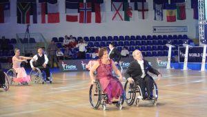Syskonen Karin och Gustav Antell från Borgå blev sjätte i VM i rullstolsdans i Rom 2015
