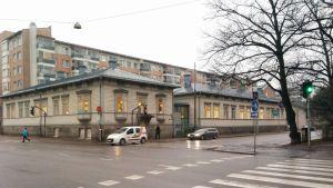 Hörnet av Trädgårdsgatan och Skolgatan i Åbo.