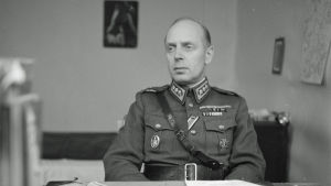 JR49:n komentaja eversti Ragnar Wahlbeck.