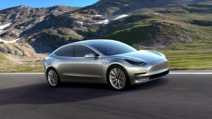 Tesla har lanserat en ny billigare modell