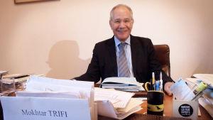 Tunisian ihmisoikeusliiton kunniapuheenjohtaja Mokhtar Trifi on yksi Nobel-palkitun rauhankvartetin taustahahmoista. Trifin mukaan vahva kansalaisyhteiskunta pelasti Tunisian vallankumouksen.