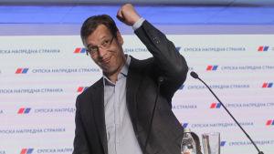 Vi fick en historisk seger, jublade premiärminister Aleksandar Vučić efter besked om det styrande Progressiva partiets framgång
