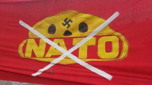Anti-nato banderoll