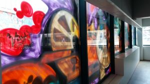 sisäkuva, graffiti, Kerava, purkutaideprojekti, heijastuksia, 2016
