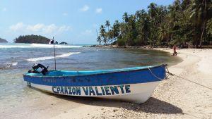 Vene Panaman hiekkarannalla.