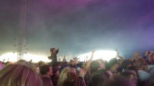 Publiken på MØ:s konsert på Ruisrock.