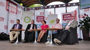 En av många debatter på Suomiarena i Björneborg 2016, här om sysselsättning