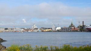 Vy över Helsingfors från Blekholmen