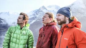 Stig Helset, Tommi Räty och Åsmund Vaage inför bergskättringsutmaningen