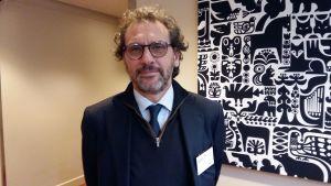 Eugenio Ambrosi arbetar med migrationsfrågor vid FN.