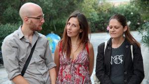 Panagiotis Kalpenos, Angeliki Frangou och Sophia Karagouni.