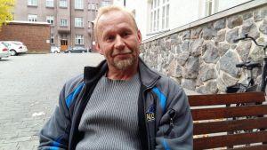 Jan Jalutsi arbetar med unga brottslingar för att få dem att avbryta sitt beteende i tid.