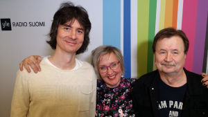 Antti Tuomainen, Olga Ketonen ja Jake Nyman Levylautakunnassa