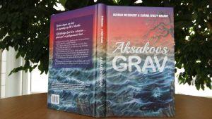 pärmen till boken Aksakovs grav