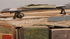 gammalt arkivmaterial