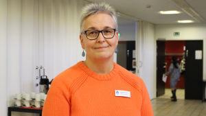 Marita Nummelin är ledande diakoniarnetare på Helsingfors kyrkornas specialdiakoni