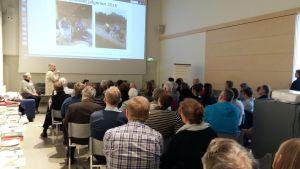 Ett 70-tal personer deltog i inspirationsseminariet i Korpoström om pilgrimsleder.