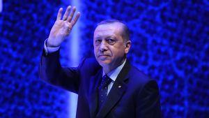 Turkiets president Recep Tayyip Erdoğan höll ett tal inför anhängare i Istanbul också på söndagen 12.3.2017