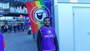 Gweal Monykuany ställer upp för piratpartiet i kommunalvalet 2017.