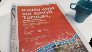 Åbos marknadsföringskampanj i Helsingin Sanomat: Alla kan inte födas i Åbo, men lyckligtvis kan man flytta hit.
