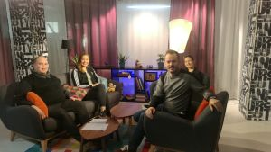Pekka, Anna, Sofia och Dan i Sex & Sånts studio