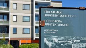 Infoskylt om Rönnbacka arkitekturstig.