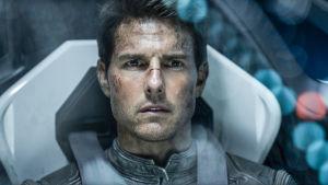 Tom Cruise elokuvassa Oblivion.