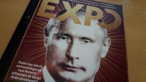 Putin på pärmen på Expos senaste nummer.