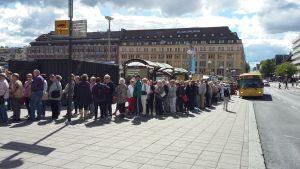 Queue at Kauppatori in Turku
