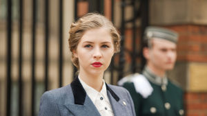 Uusi kahdeksanosainen draamasarja The Halcyon kertoo loistohotellista Lontoossa toisen maailmansodan aikana.