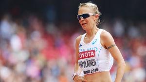 Anne-Mari Hyryläinen efter målgång i VM 2015.