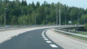 Motorväg E 18 vid Sibboviken.