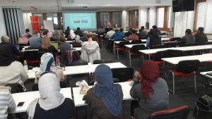 Saudiska lärare fortbildas i Finland.