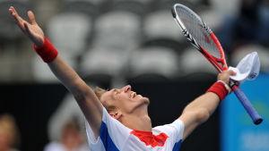 Jarkko Nieminen firar ATP-seger i Sydney 2012.