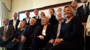 """""""Bergmanfamiljen"""", presskonferensvärdarna i London."""