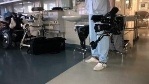 Kameraman vid inspelningen av Vid liv 24 H.