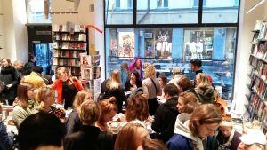 liv strömquist i bokhandel