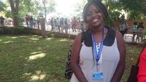 Sarol, 21,  är studerande. Hon hörde till dem som gick i strejk när Mugabe vägrade avgå. Universitetet stängdes ner och studerandena vägrade skriva sina tenter.