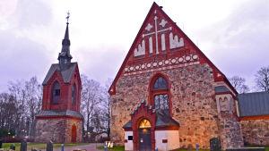 Sankt Lars kyrka i Vanda.