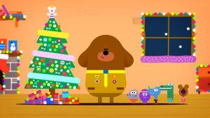 Taavi ja kerholaiset joulutunnelmissa