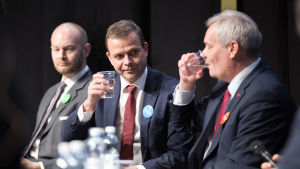 Puoluejohtajat kohtaavat kuntavaalipaneelissa Educa-messuilla – miten oppimistulosten lasku Suomen peruskouluissa pysäytetään?